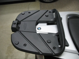 stelaż topcase SHAD do motocykli BMW